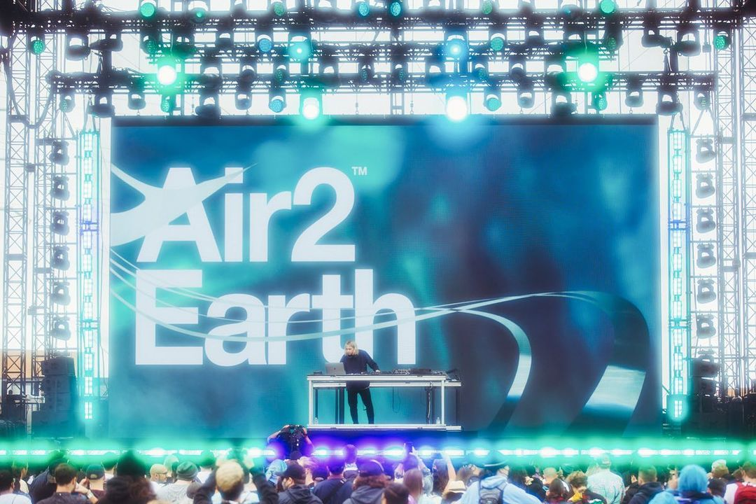 Air to Earth debut at Second Sky Fest (Photo by Yasi / Jasmine Safaeian)